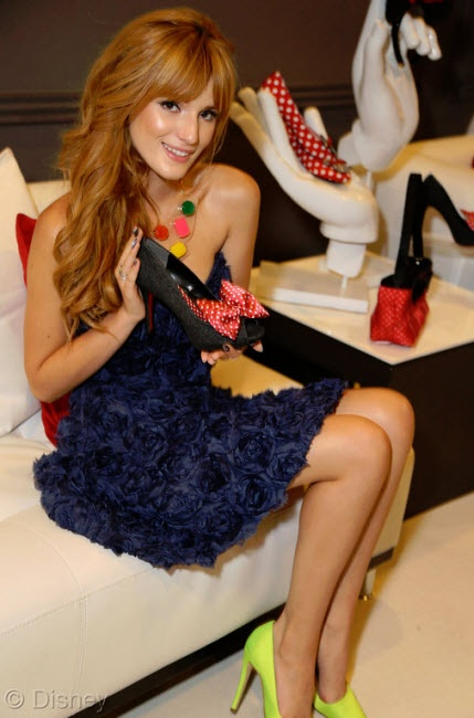 Bella Thorne at Minnie Gifting Lounge at 2013 Radio Disney Awards