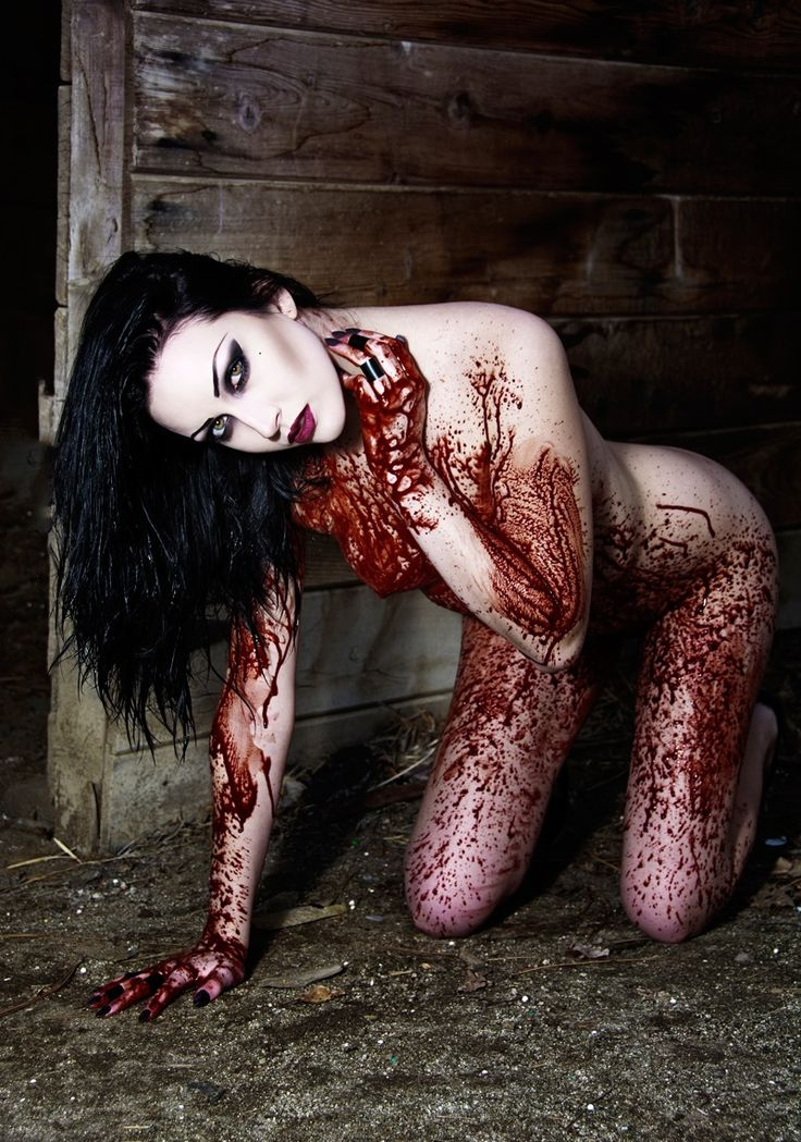 Naked chicks covered in blood, couples doing young