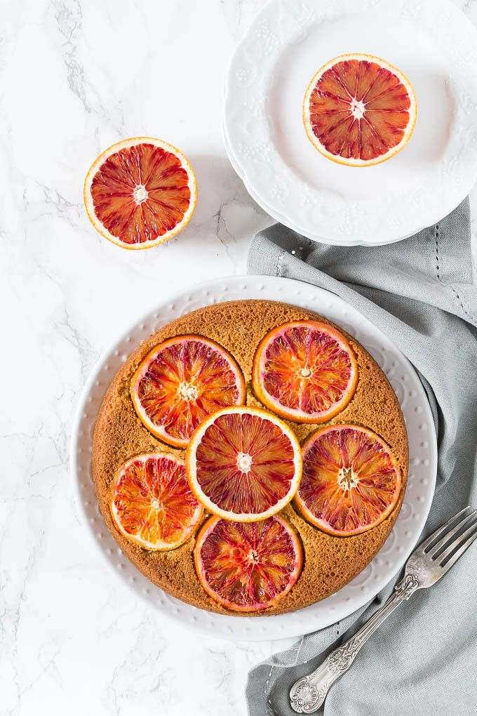 This olive oil, cardamom and blood orange polenta cake is one of the easiest cakes to make and even easier to decorate as the blood orange slices do all the work for you. Filled with some great flavours this cake is gorgeous.
