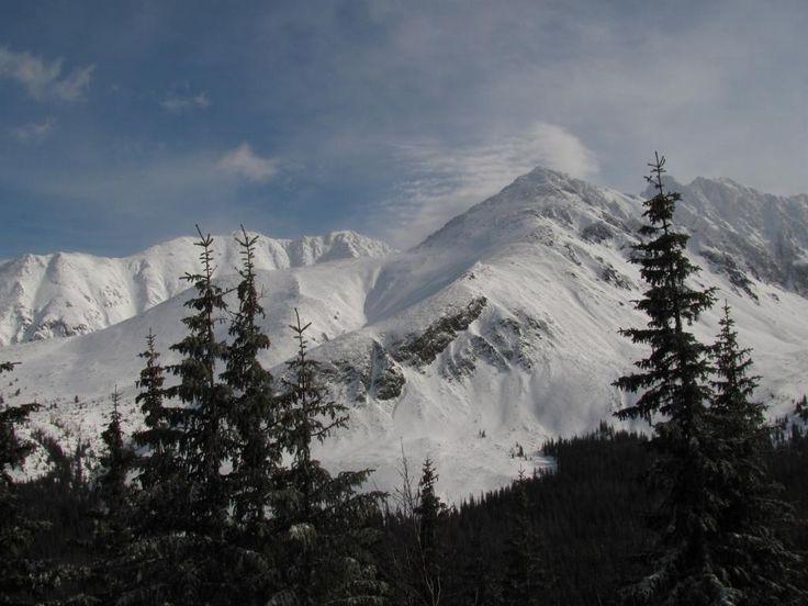 Najtrudniejsze szlaki patrzące z góry (źródło: goryiludzie.pl)