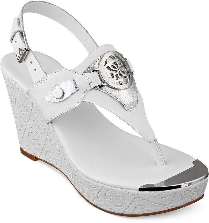 GUESS Marcina Platform Wedge Thong Sandals. Zapatos En LíneaThongsCuña ...