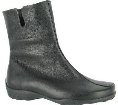 Durea Women's Leah Leather Boots,Red Leather,10.5 WW US Durea. $249.99
