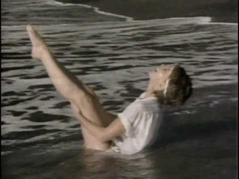 Olivia Newton-John, Physical intro