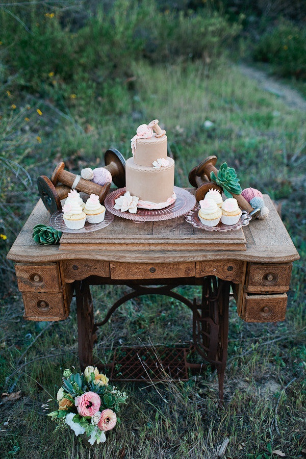 25 best ideas about sewing machine cake on pinterest