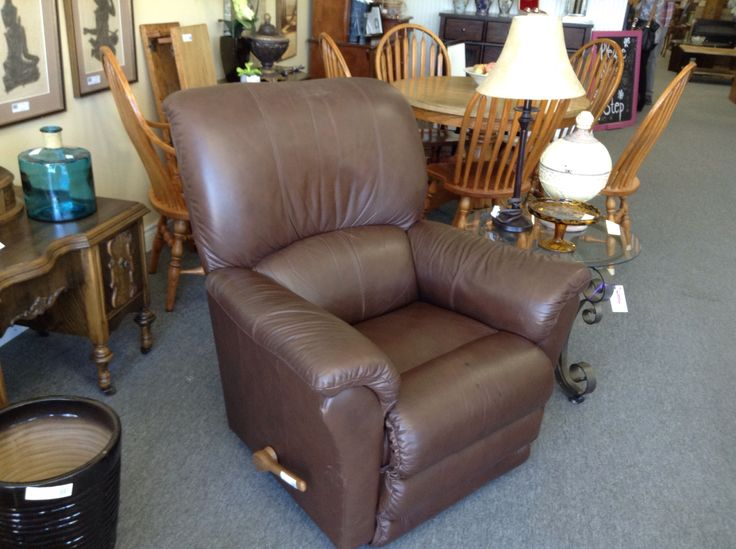 Lazy Boy Leather Recliner - Mid brown recliner in very good condition. Item 1550-8.   Price $380.00    - http://takeitorleaveit.co/2017/05/29/lazy-boy-leather-recliner/