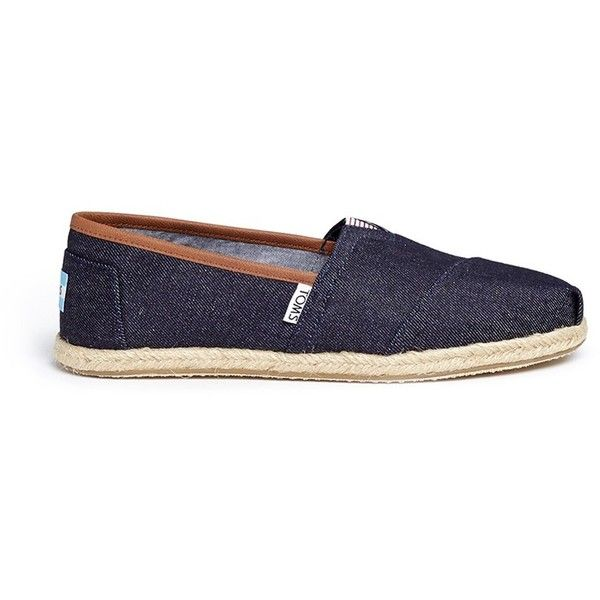 Toms Classic denim espadrille slip-ons (£42) ❤ liked on Polyvore featuring shoes, flats, blue, denim flat shoes, toms shoes, blue denim shoes, espadrilles shoes and slip-on shoes
