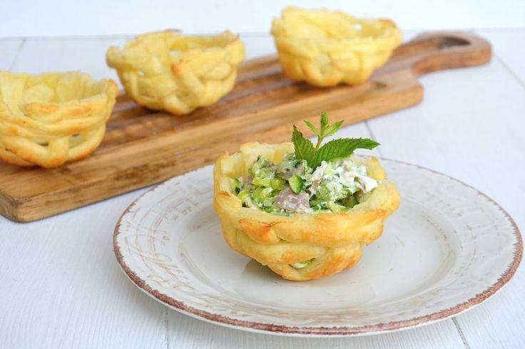 Cestini di pasta sfoglia, scopri la ricetta: http://www.misya.info/ricetta/cestini-di-pasta-sfoglia.htm