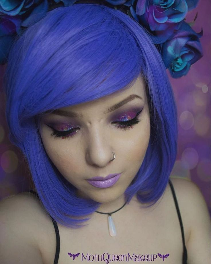 We found a handfull of Lush style: Violet in the Lush Warehouse! So we've added them to Lushwigs.com Probably your last chance to buy this #wig #lushwigsviolet #lushwigs #lushhair . . Model: @mothqueenmakeup . . (link in bio)