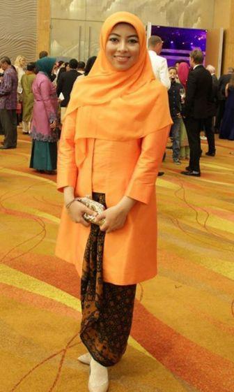 Kebaya Muslim Model Kutu Baru