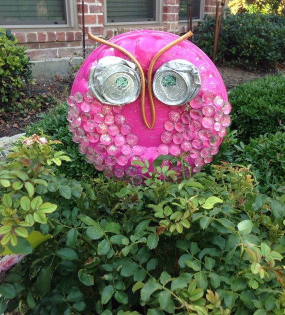 Cute flower pot owl from recycled materials garden for Flower pot made by waste material