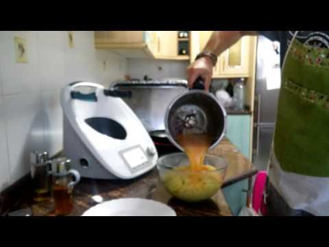 Tortilla Patata Thermomix TM5 - YouTube ☂ᙓᖇᗴᔕᗩ ᖇᙓᔕ☂ᙓᘐᘎᓮ http://www.pinterest.com/teretegui