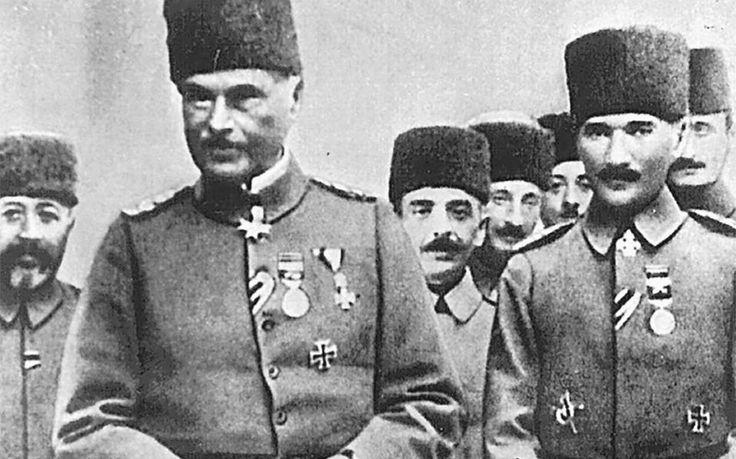 Μια από τις σημαντικότερες στιγμές του Α΄ Παγκόσμιου Πολέμου υπήρξε η ατυχής προσπάθεια των Βρετανών και των Γάλλων της Αντάντ, κατά την περίοδο 25 Απριλίου 1915 έως 9 Ιανουαρίου 1916, να ελέγξουν τα Δαρδανέλια, καταλαμβάνοντας τη χερσόνησο της Καλλίπολης στην Ανατολική Θράκη. Στρατηγικός στόχος της επιχείρησης ήταν να καταληφθεί η Κωνσταντινούπολη και να τεθεί εκτός του πολέμου η Οθωμανική Αυτοκρατορία,
