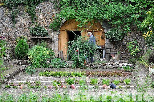 Plus de 1000 id es propos de jardins fort ivry sur pinterest for Jardin ouvrier