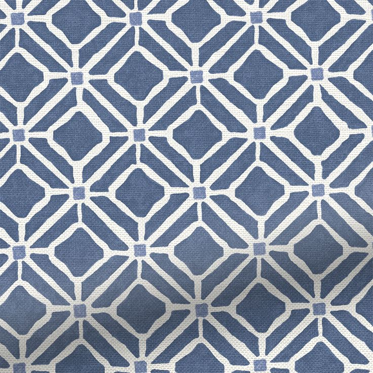 Like a patchwork of tiles, full of Mediterranean influence, this Fretwork Indigo roman blind creates a scene of tranquility, rejuvenation and beauty, no matter where it's hung.