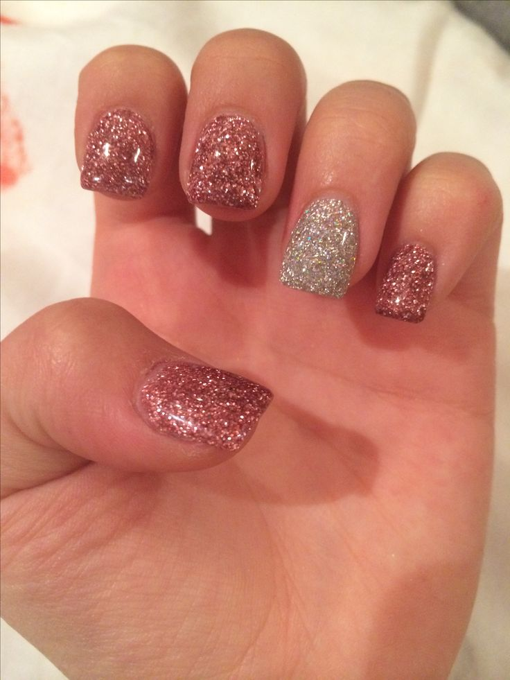 Glitter sparkle acrylic nails short