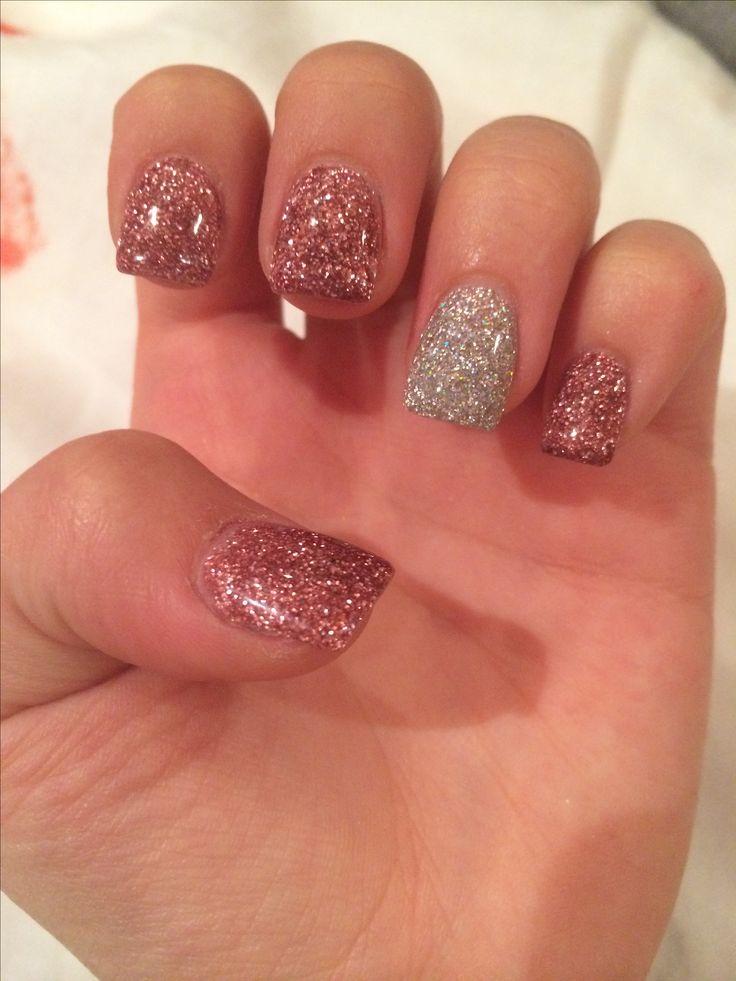 Glitter sparkle acrylic nails short