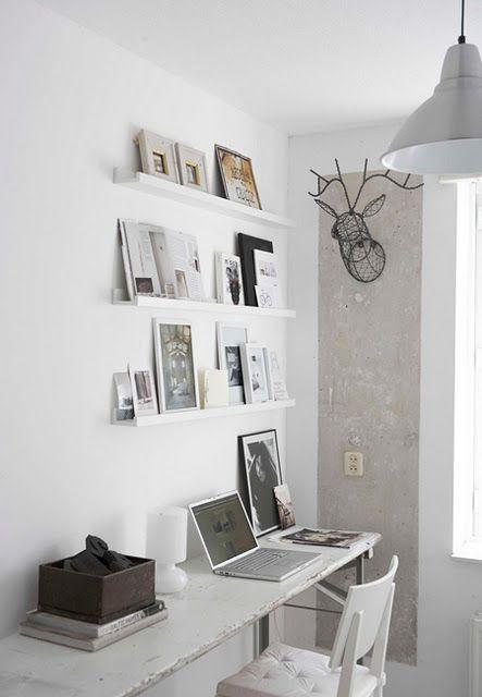 Photo shelf