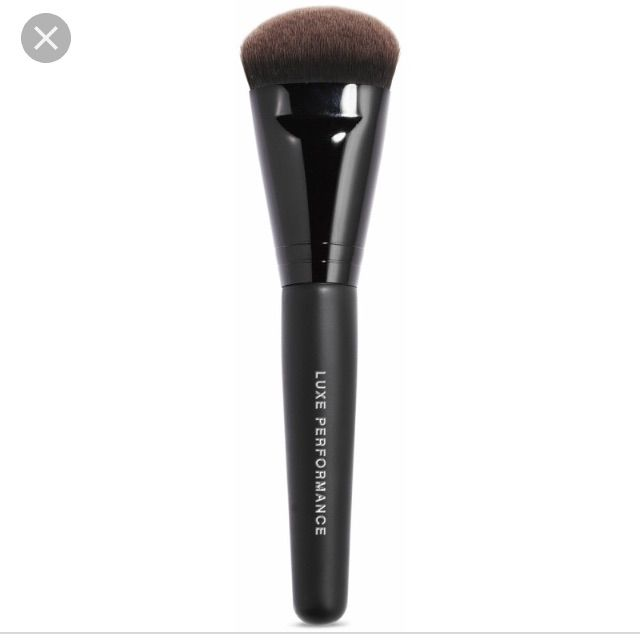 Bare Minerals Luxe Foundation Brush