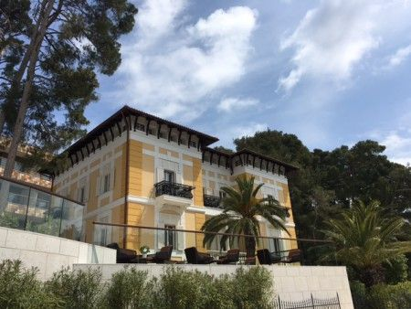 Europe expert, Catherine, recently stayed at the beautiful Boutique Hotel Alhambra on the island of Losinj, Croatia.
