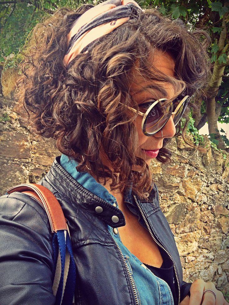 Natural curly bob hair ❤️ Natália Cassilo. Instagram: @natycassilo                                                                                                                                                     More