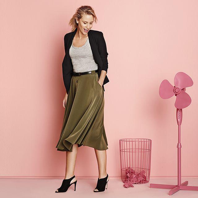 Olive Midi Skirt and Black Blazer. #MidiSkirt #WorkStyle #WorkWear #Khaki