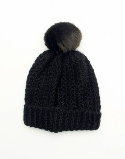 Beanie from @Glassons @Kay Beaver New Zealand #vintageknitaccessories @winter wishes wishes