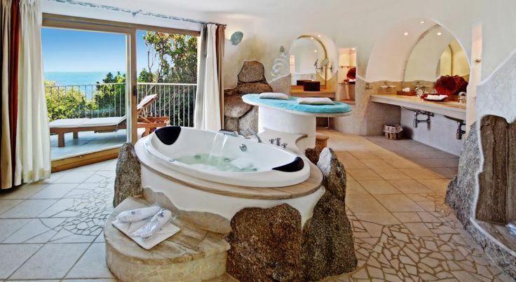 Resort Valle Dell'Erica Thalasso & SPA Cerchi la tranquillità? Hai bisogno di trattamenti particolari? Allora questo e il luogo giusto per una vacanza da sogno
