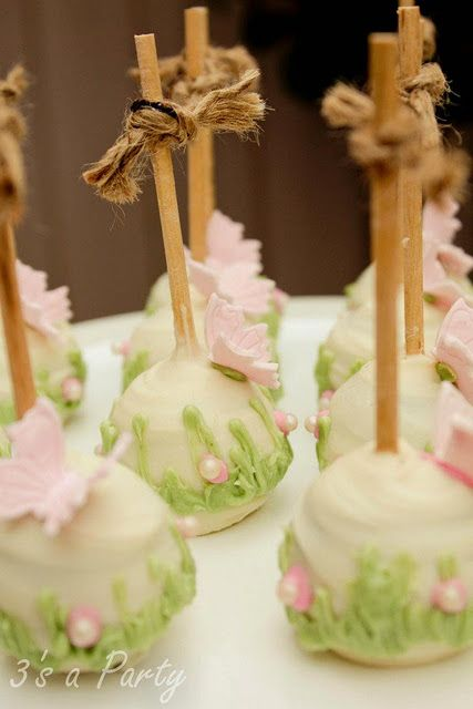 Butterfly cake pops - these are just beautiful - not sure I could eat one, too pretty,