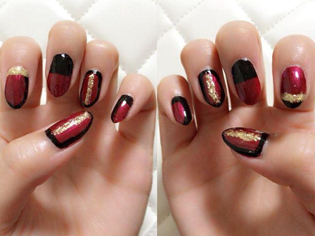 ・ ・ ・ 赤×黒×金は私的に秋のマストカラーです🎨 ・ #nail #nails #💅 #ネイル #セルフネイル #秋ネイル #派手ネイル #マニキュア #クールネイル #セルフネイル部
