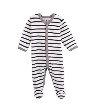 One of his last one piece pyjamas I guess .... Petit Bateau !
