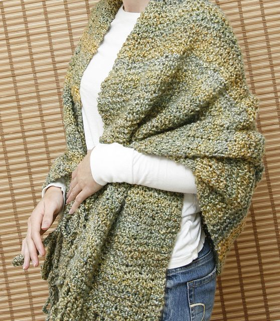 Great and easy prayer shawl pattern. SHould turn out great for my friend's mother who will need lots of love and prayers during chemo.
