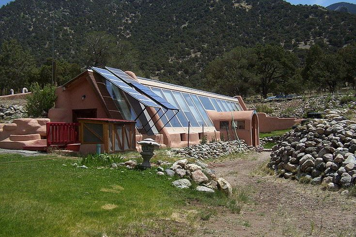 54 best images about earthships on pinterest bottle wall for Building a home in colorado
