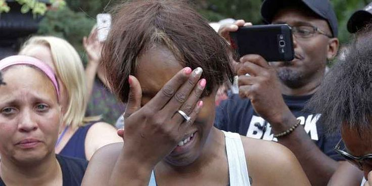 "Top News: ""USA: Philando Castile Shot Because He Was Black - Mark Dayton"" - http://politicoscope.com/wp-content/uploads/2016/07/Diamond-Reynolds-the-girlfriend-of-Philando-Castile-cries-outside-the-governors-residence-in-St-Paul-Minnesota.-790x395.jpg - Minnesota Gov. Mark Dayton's remarks came after fatal encounters between police and black men seized the eyes of the nation on consecutive days.  on Politicoscope - http://politicoscope.com/2016/07/08/usa-philando-castile-sh"