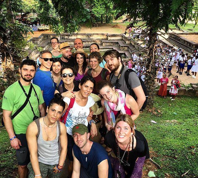 Che abbiamo vissuto, che abbiamo toccato le strade coi piedi, che andavamo allegri, non lo saprà nessuno. Che abbiamo guardato il mare dai finestrini dei treni, che abbiamo respirato l'aria che si posa sulle sedie dei bar, non lo saprà nessuno. Siamo stati sulla terrazza della vita fintanto che sono arrivati gli altri. –Nino Pedretti #travel #traveling #vacation #visiting #instatravel #instago #instagood #trip #holiday #photooftheday #fun #travelling #tourism #tourist #instapassport…