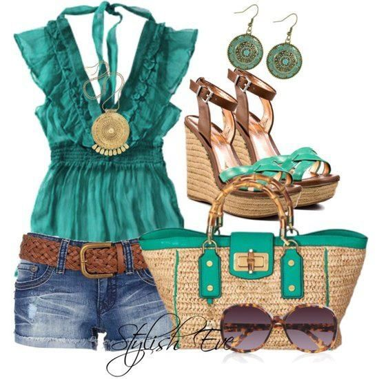 Beautiful summer look. Love the tie in back on the top, sweet details like that can make simple pieces interesting.