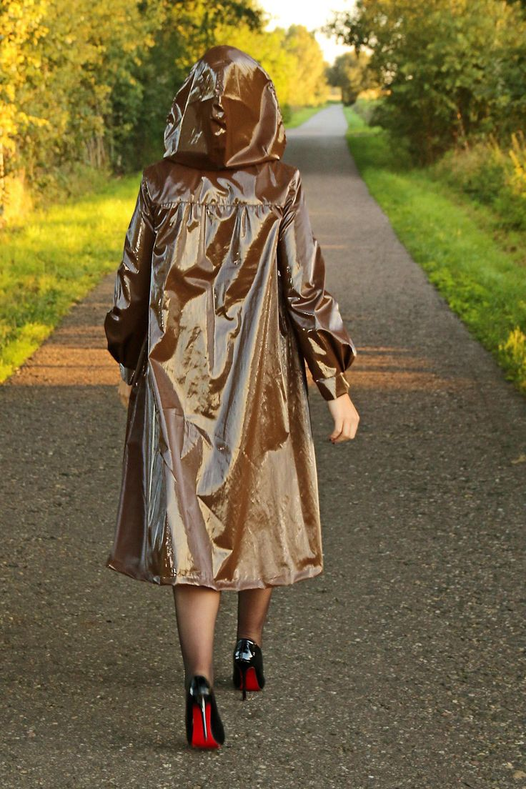 Regenmantel IN Lackoptik Abnehmb Kapuze IN Braun | eBay