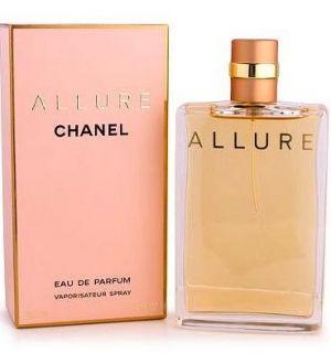 Allure eau de parfum de Chanel es una fragancia de la familia olfativa Oriental Vainilla para Mujeres. Allure eau de parfum se lanzó en 1999. La fragrancia contiene bergamota, mandarina, durazno (melocotón), cedro, vainilla, rosa, jazmín, peonía, magnolia, flor de azahar del naranjo, flor de loto y vetiver.