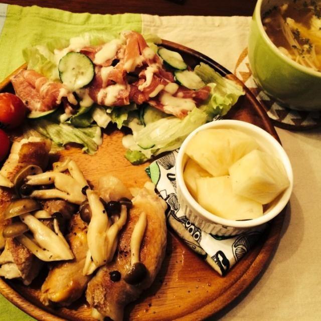 照り焼き味でご飯が進みます♡ - 19件のもぐもぐ - 長いもとチーズの豚しゃぶ肉巻き  生ハムサラダ  パイナップル エノキ玉子スープ by hasese