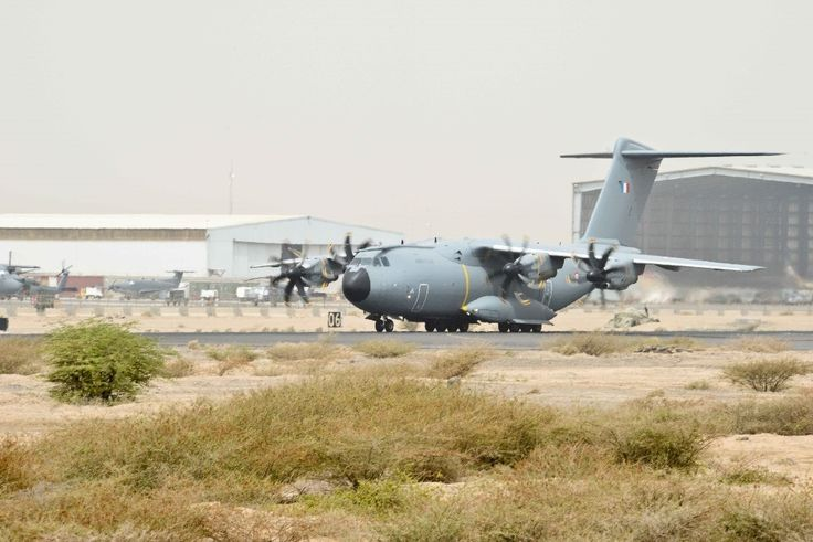 """8 to 12 June 2015,French Center of Military Air Experiments (CEAM) conducted trial deployment of A400M in Djibouti.Main objective of mission was to test a """"hot"""" deployment status on platform located over 3,000Nm (about 5,500km) from main operational base.Djibouti ideal to meet all expectations,including distance & climate.In addition,French forces stationed in Djibouti (FFDJ) ensured vital logistical & operational support. Photo SGC K. Congini - BA188 - Armée de l'Air."""
