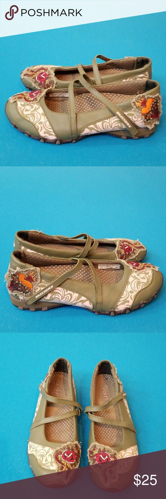 SKECHERS BALLET FLATS MARY JANE SHOES WOMENS 10 Excellent pre-owned condition.  Distressed LOOK.  Multi-colored.  Cool looking shoes! Skechers Shoes Flats & Loafers