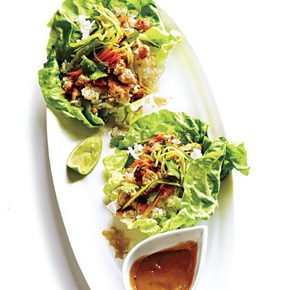 Lettuce Wraps with Hoisin-Peanut Sauce | You'll love these Asian-inspired lettuce wraps with their tangy hoisin-peanut sauce.