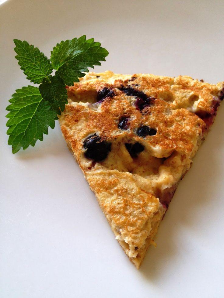 """Ala'Antkowe BLW – przepisy BLW : """"Amarantusowy omlet z borówkami"""""""