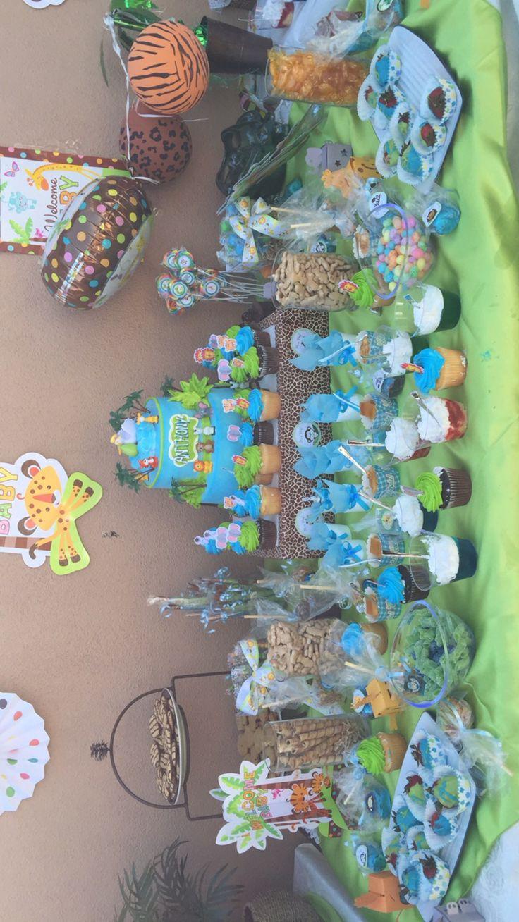 Safari candy table