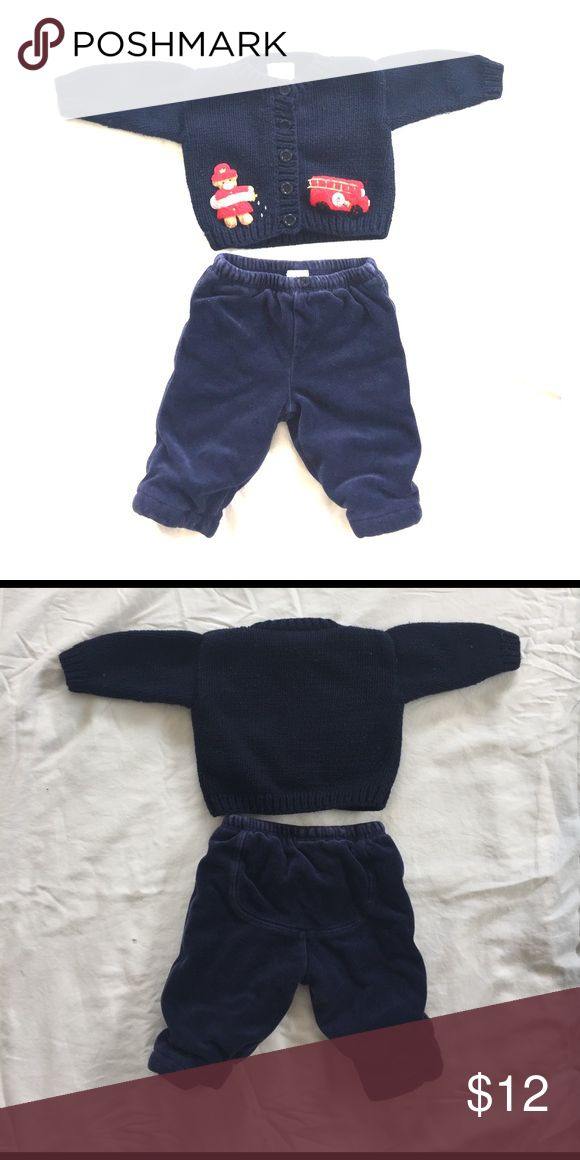 "Sweater & Velour Pants Matching Set 0-3m Sweater is brand ""Victoria Kids"" size 0-3m but fits more like 3 months. Pants are Gap stage 2 )3-6 months) but fit more like 3 months. Pans have padding and are very warm! Both gently used, no stains or imperfections. Bundle with other baby items from my closet for a great deal! GAP Matching Sets"