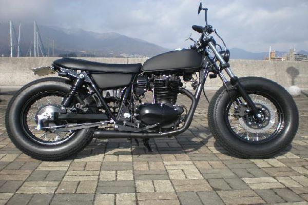 250 TR A Beard(ビアード)   広島のカスタムバイクショップ(カスタム車両製作、オリジナルカスタムパーツ製作)