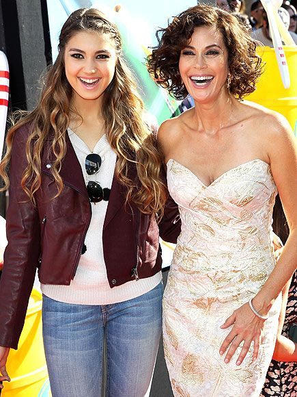 Teri Hatcher and her daughter Emerson, August 2013