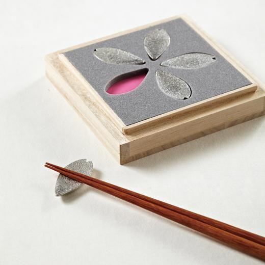 SAKURA 箸置(5個セット) : MoMA STOREの通販