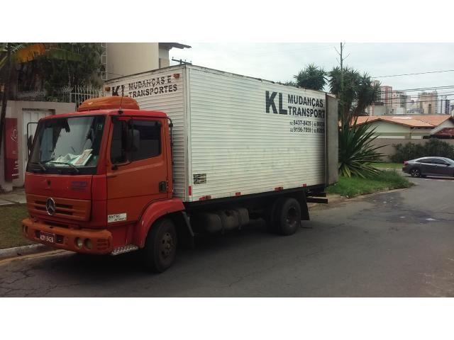 Realizo transportes de suas mudanças, trabalhamos exclusivo mo seguimento de mudanças dentro de Goiânia e fora de Goiânia  Temos caminhão saindo de Goiânia para São Paulo Capital agora no dia 08-01-18 e temos mais duas outras datas dia 16-01-18 e 26-01-18 faça sua escolha e mande sua mudança compartilhada ou traga . Ligue. (62)98209-9766 whatsaap (62)99156-7059 whatsaap (62)98437-8425
