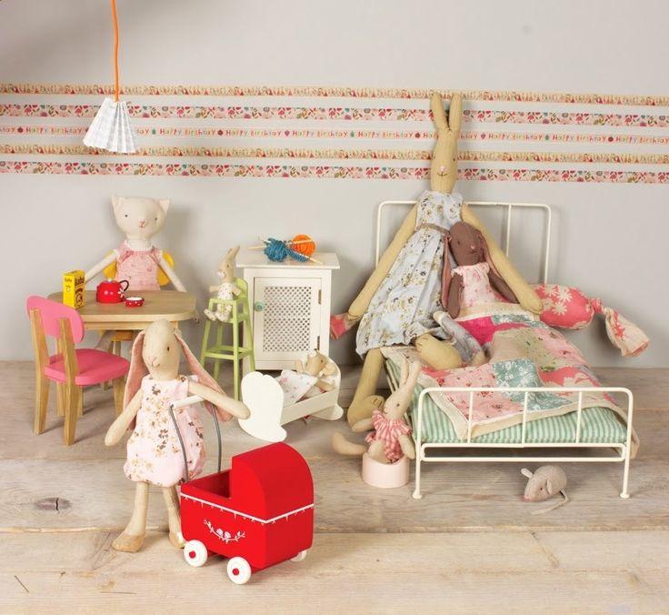 Maileg kaniner och möbler