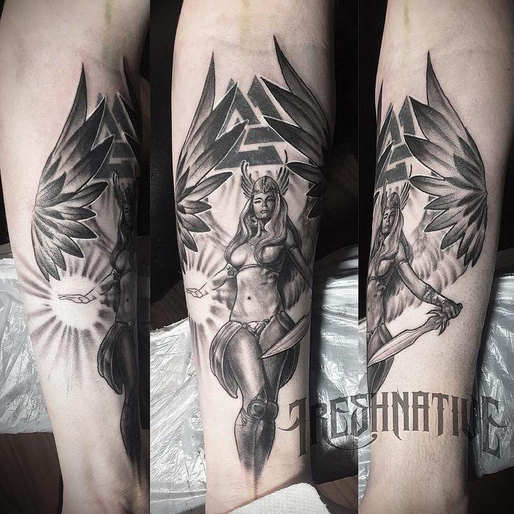 Finally got to start on this design I did of Valkyrie slowly covering the back tattoo. #valkyrie #valkyrietattoo #silverbackink #dynamicink #cheyennetattooequipment #cheyennepen #cheyennehawk #lasvegastattoo #ohanatattoo #hawaiitattoo #tattoosnob #tattooistartmag